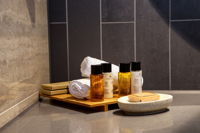 Hilton Hotels -London Bankside_Vegan Suite-Bathroom-Amenities