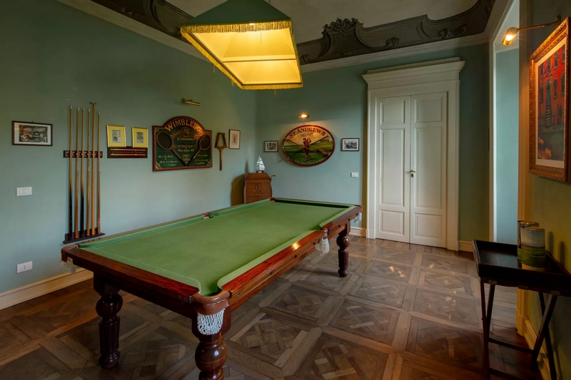Historic Villa Passalacqua on Lake Como-game room