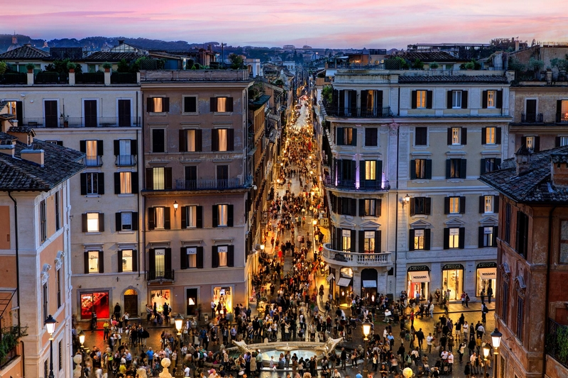 Hotel De La Ville is located at the top of the Spanish Steps