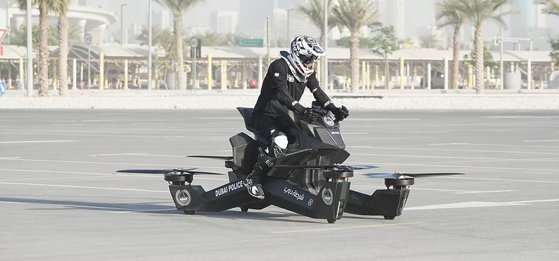 Hoversurf Hooverbike in action