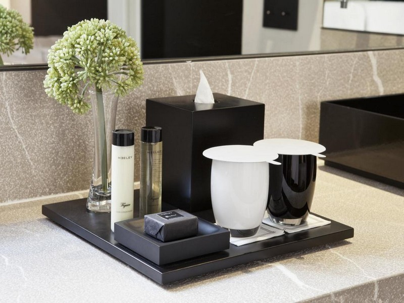 How to achieve a luxury hotel look at home - luxury bathroom amenities