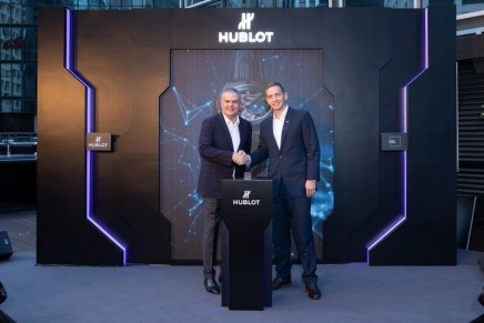 Hublot is celebrating the decade since the creation of Bitcoin. Big Bang Meca-10 P2P is only purchasable with cryptocurrency