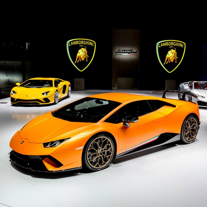 Huracán Perfomante unveiled at 2017 Geneva Motor Show