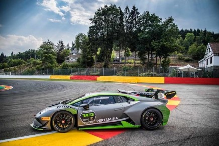 Huracán Super Trofeo Evo 10th Edition celebrates Lamborghini's achievement in customer racing