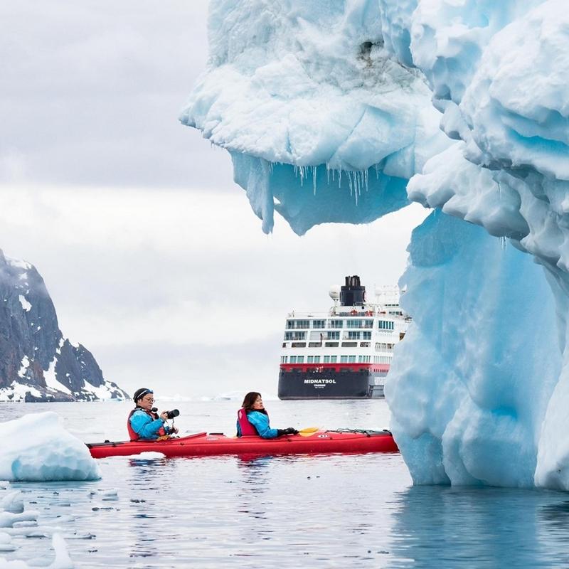 Hurtigruten kayaking