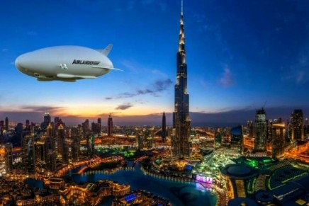 Is this the future of air travel? Zoom on: Airlander 10