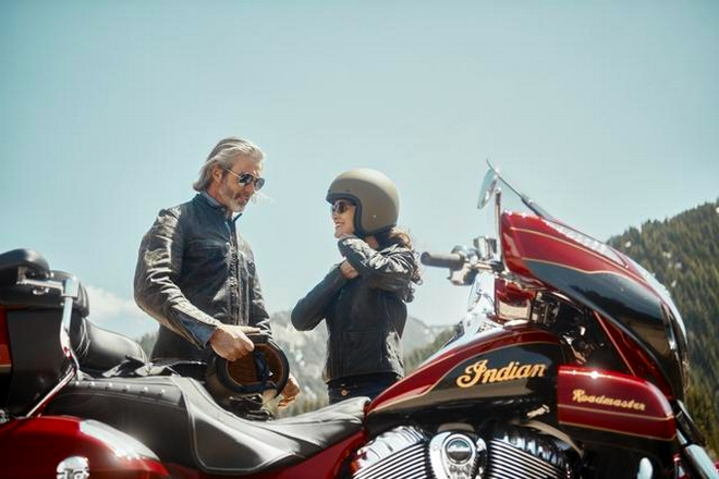 INDIAN MOTORCYCLE LIMITED-EDITION 2019 ROADMASTER ELITE-01