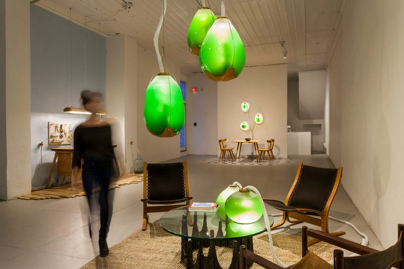 Incorporate a Luxury Setting at Home with Eco-Friendly Lighting-micro algae lamps