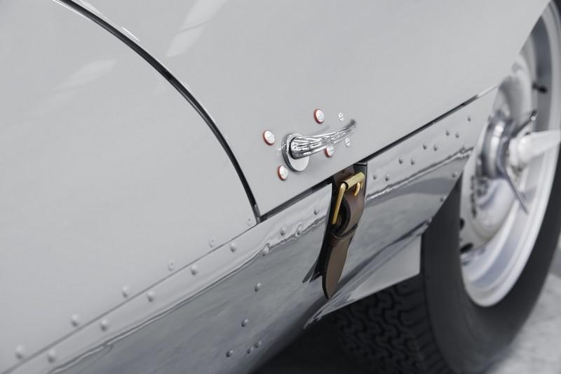 JAGUAR RESTARTS PRODUCTION OF LEGENDARY D-TYPE RACE CAR-2018-details