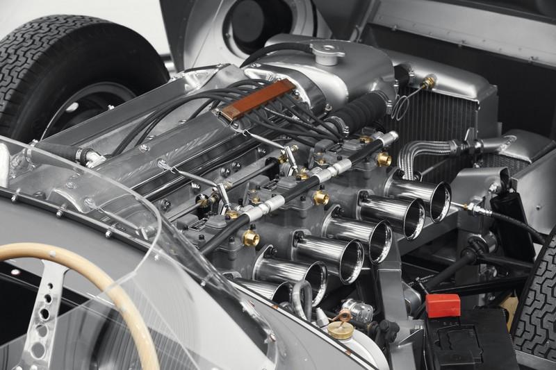 JAGUAR RESTARTS PRODUCTION OF LEGENDARY D-TYPE RACE CAR-2018