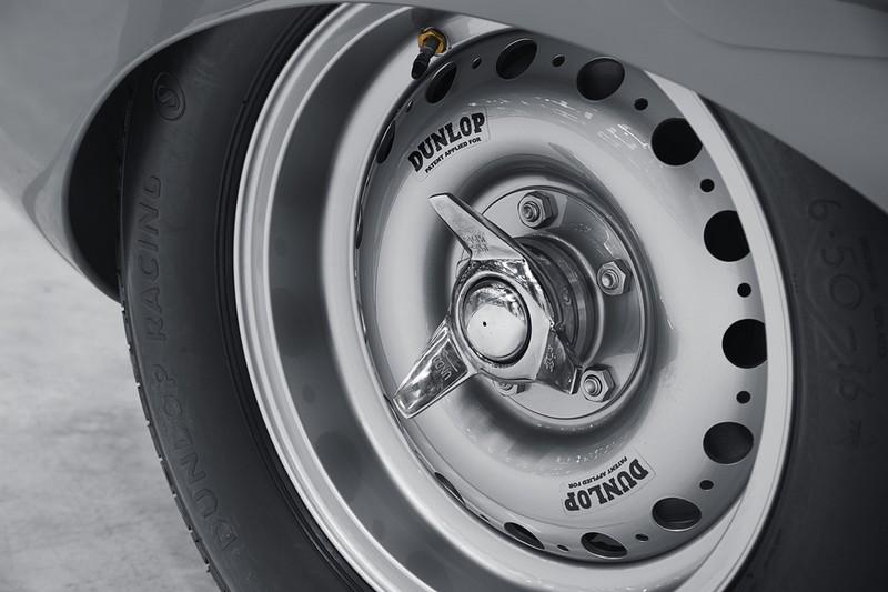 JAGUAR RESTARTS PRODUCTION OF LEGENDARY D-TYPE RACE CAR-2018details