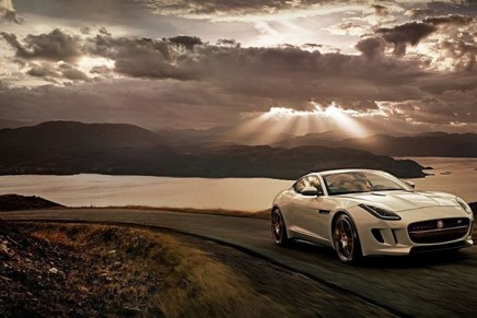 Jaguar Land Rover posts record sales thanks to demand in China and US