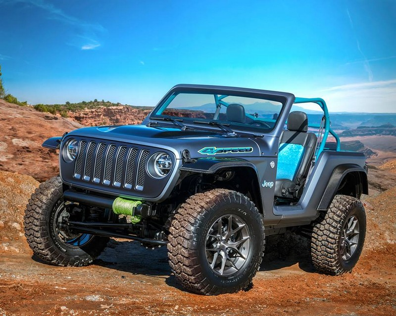 Jeep 4SPEED -a lightweight follow-up to two previous concepts