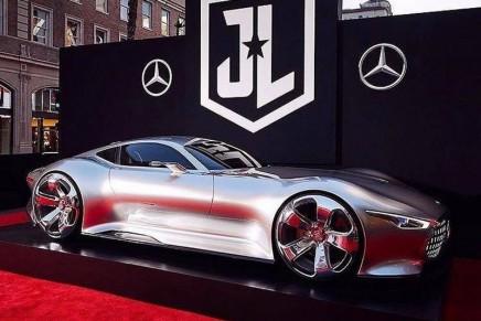 Eye Catcher at 2017 Essen Motor Show: Batman's Current Mercedes-Benz AMG Vision Gran Turismo