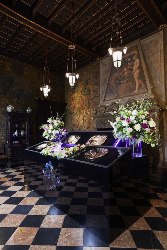 KOHLER Dutchmaster Floral collection explores dramatic botanicals