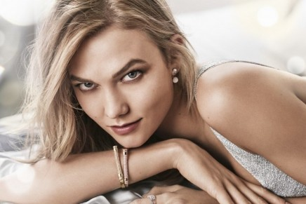 Karlie Kloss meets Swarovski. And it's love at first sight.