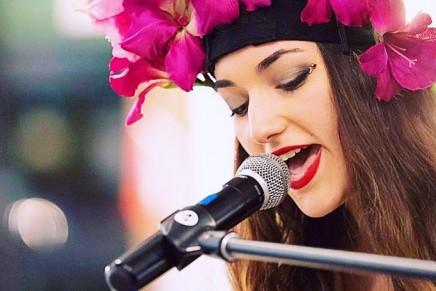 LA, a multi-talented pop electro singer