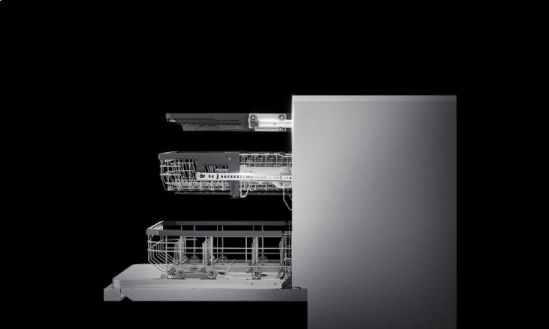 LG SIGNATURE Top Control Dishwasher with QuadWash tech