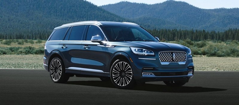LINCOLN AVIATOR with plug-in hybrid powertrain - interior