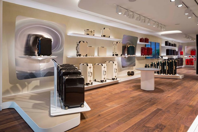 LVMH's RIMOWA has opened its first flagship store in Paris 2017