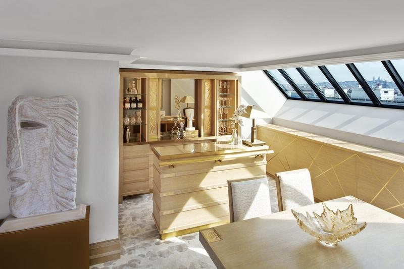 Lalique Suite By Patrick Hellmann - 05