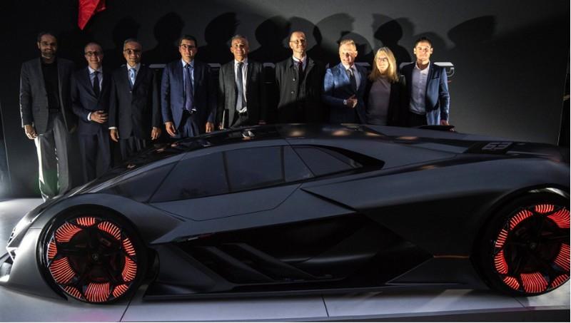 Lamborghini Terzo Millenio Concept Car Presentation