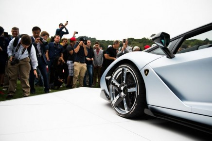 Lamborghini debuts Centenario Roadster. All units sold at 2 million euros