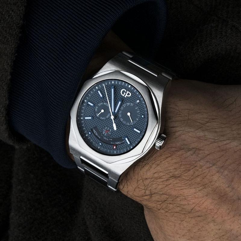 Laureato Perpetual Calendar timepiece