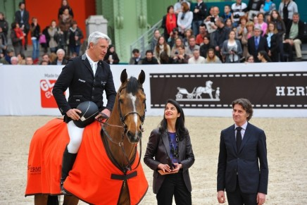 The Essential Luxury Items You Need for a Horse Show