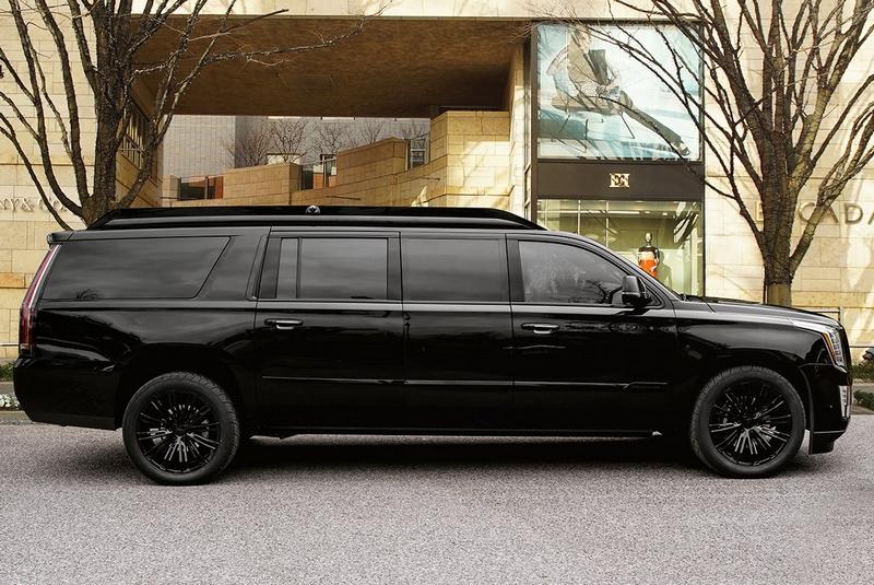 Lexani Motorcars Cadillac Escalade 30 Extended Viceroy Exterior