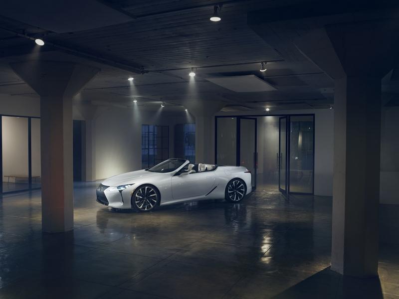 Lexus Returns to 2019 Design Miami with onsite installation