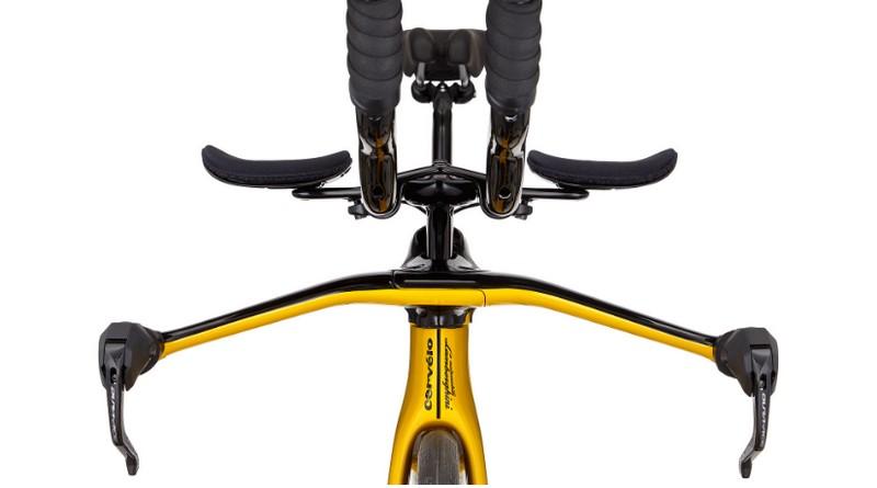 Limited-Edition PX5, the triathlon bike by Lamborghini x Cervélo--