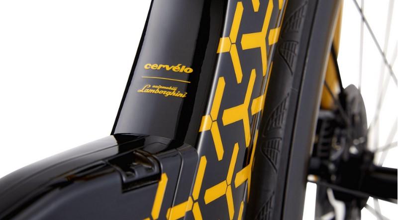 Limited-Edition PX5, the triathlon bike by Lamborghini x Cervélo-details