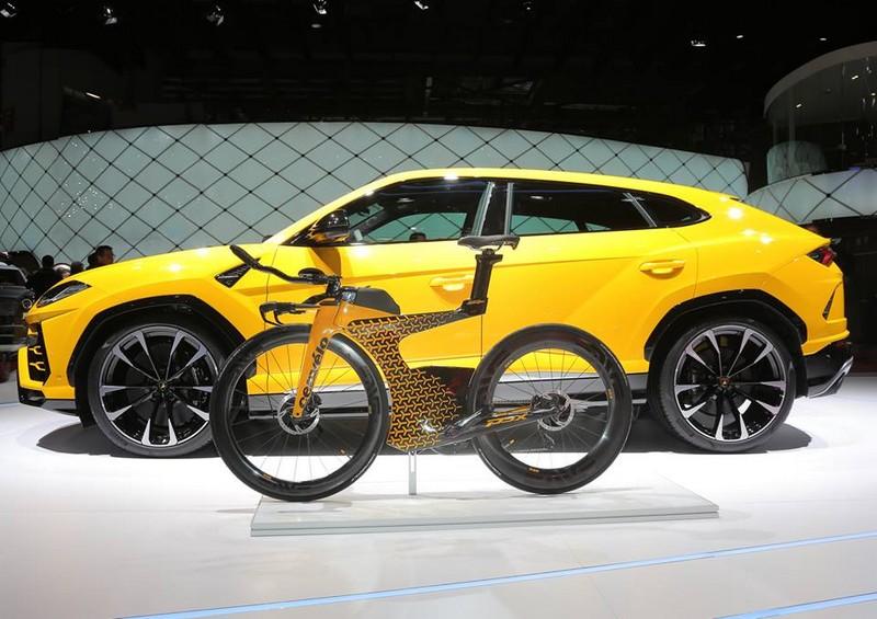 Limited-Edition PX5, the triathlon bike by Lamborghini x Cervélo