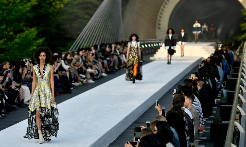 Louis Vuitton Cruise Show Japan 2017