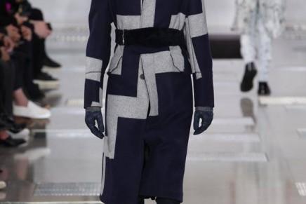 Louis Vuitton celebrates stoic Paris in menswear show