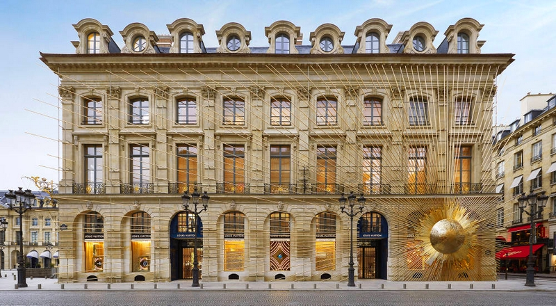 Louis Vuitton opened the doors to its new Maison Louis Vuitton Vendôme at 2 Place Vendôme in Paris, Frane - exterior