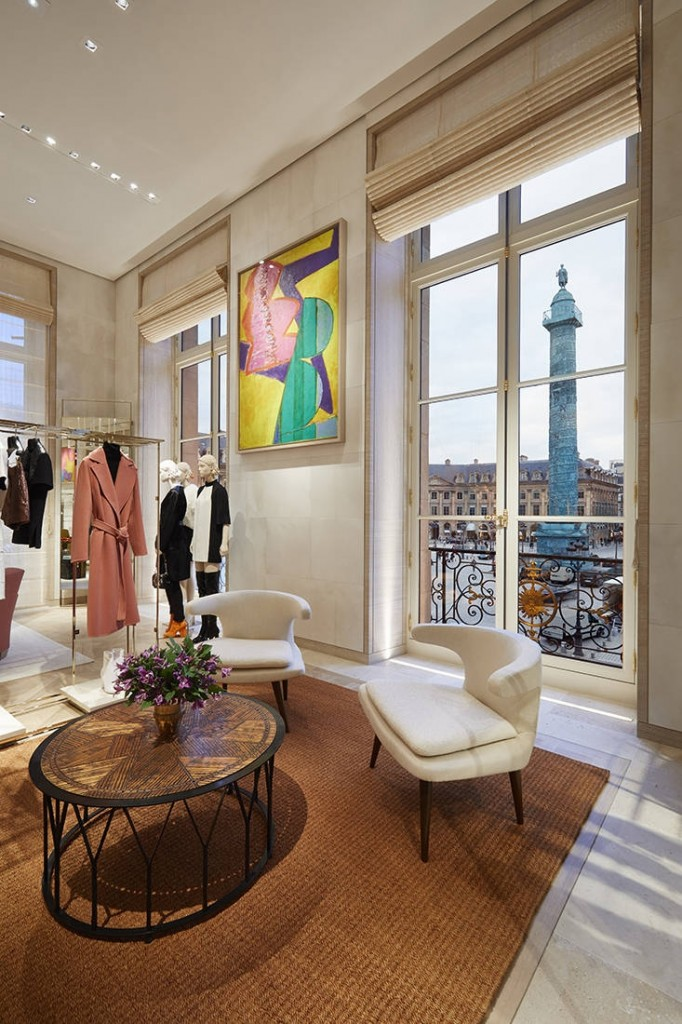Louis Vuitton opened the doors to its new Maison Louis Vuitton Vendôme at 2 Place Vendôme in Paris on October 4th 2017