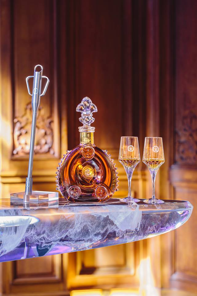 Louis XIII cognac - Meet modern-shaped nightlife at the unique plaza_athenee
