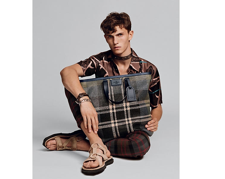 Louis_Vuitton__New_Mens Spring 2017 Campaign-