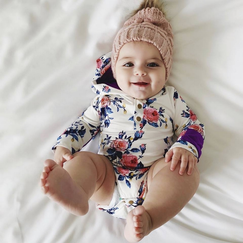 Lovely hooded jumpsuit for your little baby