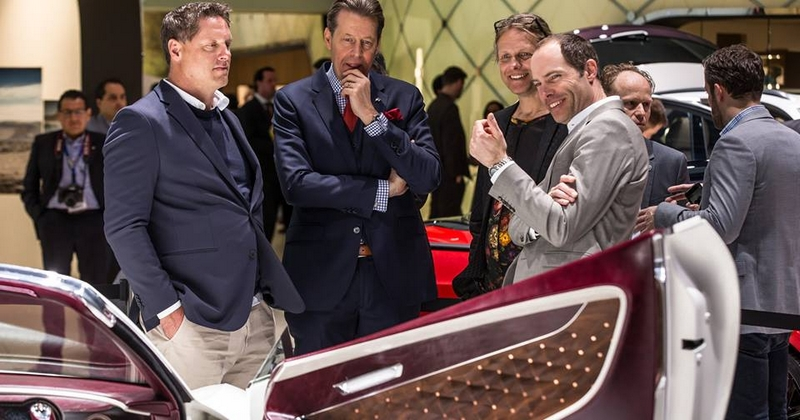 Luxury Car Buyers Are Going Online - Customer Care