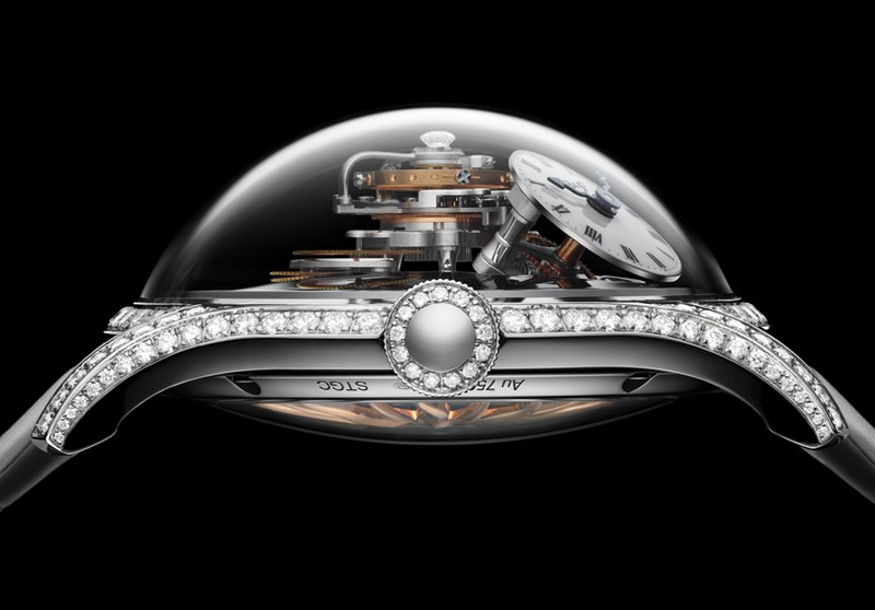 MB&F Legacy Machine FlyingT-lateral