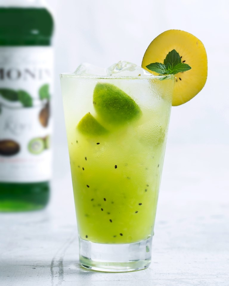 MONIN Kiwi syrup brings your drink an intense juicy taste that will leave a sweet and slightly tart flavour