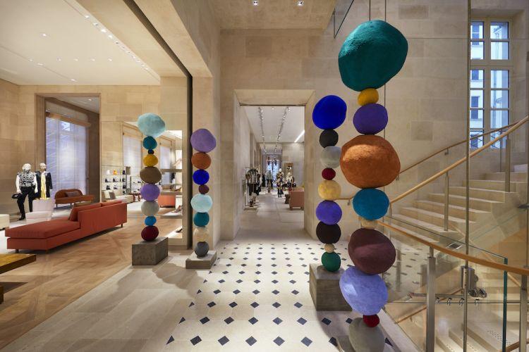 Maison Louis Vuitton Vendôme at 2 Place Vendôme Paris-interior ar