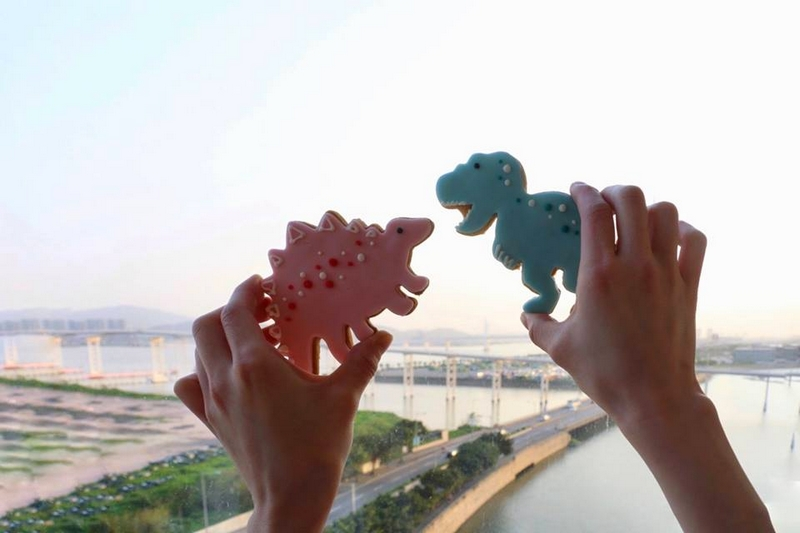 Mandarin Oriental, Macau takes care of the younger fans with personalised welcome cookies
