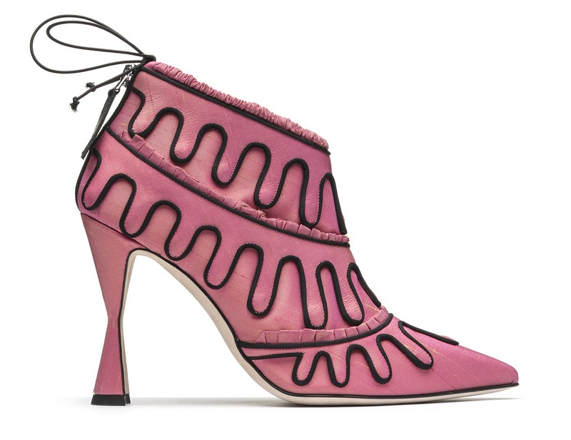 Manolo Blahnik he Art of Shoes faustina-ss17