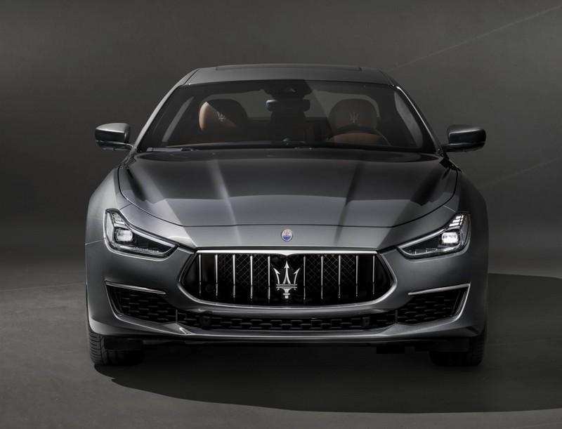 Maserati Ghibli Gran Lusso images-01
