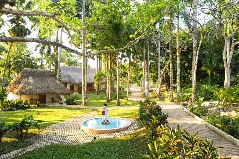 Mayaland Hotel & Bungalows Yucatán, Mexico