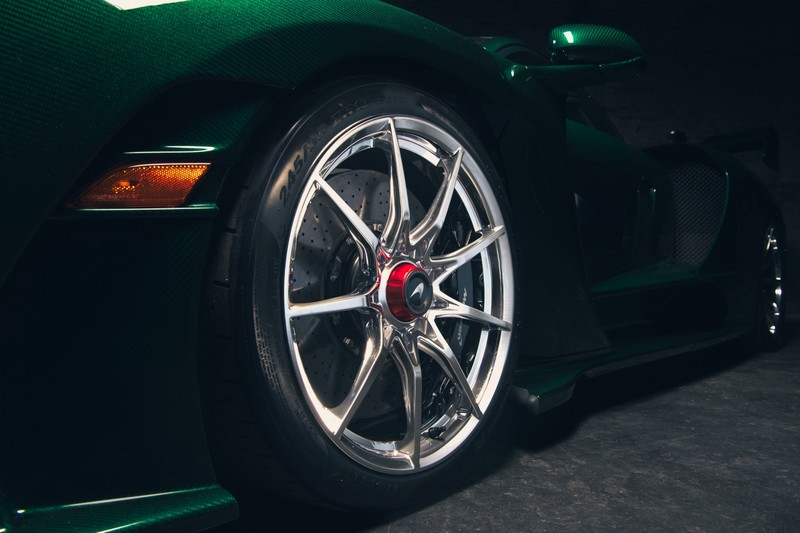 McLarenSenna-EmeraldGreen-